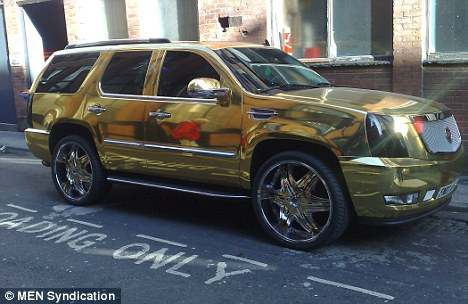 El Hadji Diouf S Golden Escalade Car Images On Automotivepictures