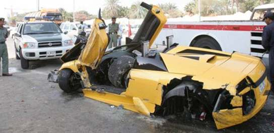 Yellow Lamborghini Is A Total Wreck After Crash With A Ford Focus