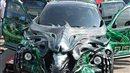 Crazy alien car