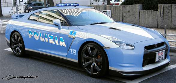 italian police cars images galleries with a bite. Black Bedroom Furniture Sets. Home Design Ideas